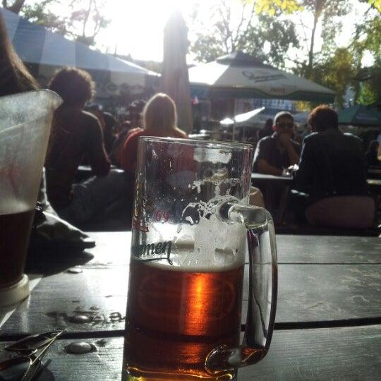10/20/2012 tarihinde Tony X.ziyaretçi tarafından Bohemian Hall & Beer Garden'de çekilen fotoğraf