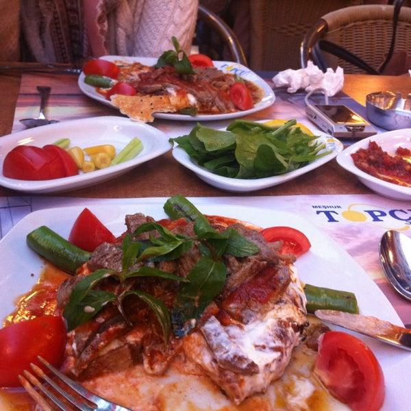 Foto diambil di Topçu Restaurant oleh Seda G. pada 4/20/2013