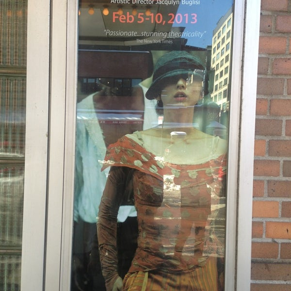 Photo prise au The Joyce Theater par Joanna T. le2/10/2013