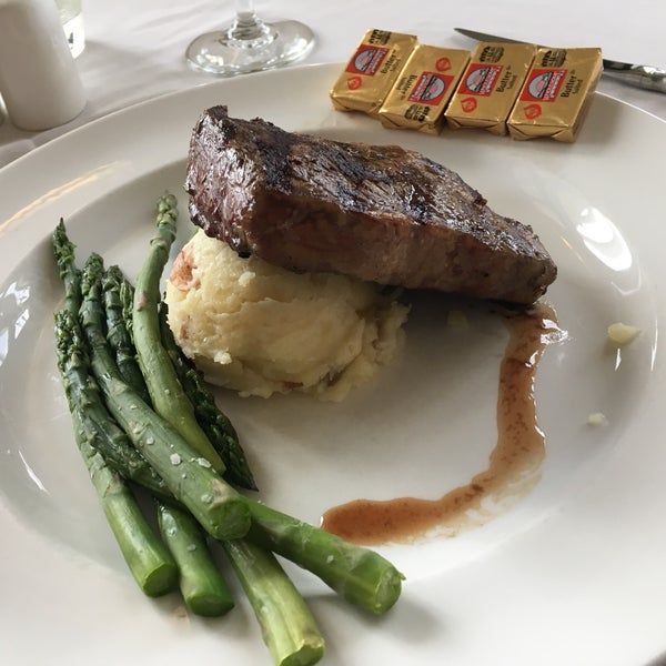 Lake Yellowstone Hotel Dining Room