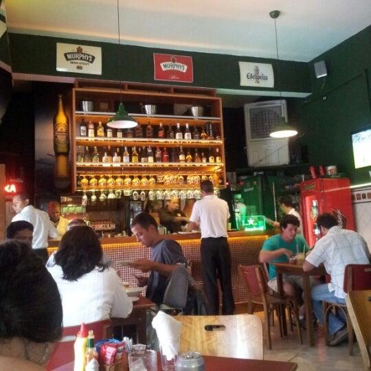 Photo prise au Bar do Ton par Renato S. le1/12/2013
