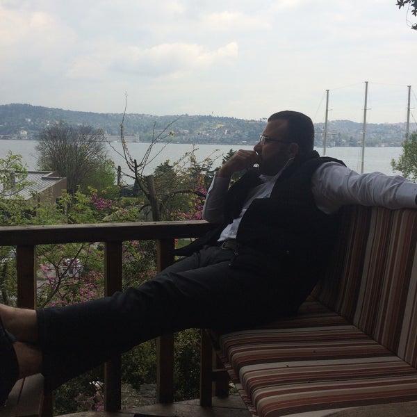 Das Foto wurde bei Anonim Türk Bistro ve Tatlı von Eyub Altiner S. am 5/3/2015 aufgenommen