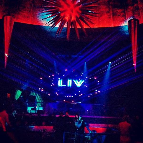 1/12/2013 tarihinde Max M.ziyaretçi tarafından LIV Miami'de çekilen fotoğraf