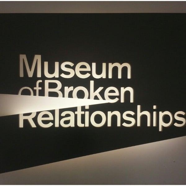 6/27/2013 tarihinde Mara B.ziyaretçi tarafından Muzej prekinutih veza | Museum of Broken Relationships'de çekilen fotoğraf