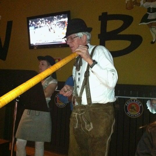 Photo prise au Wurst Und Bier par Molly W. le11/16/2012