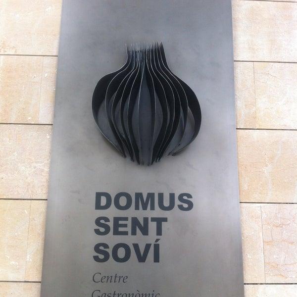 Foto tirada no(a) Domus Sent Soví por Jordi À. em 3/30/2013