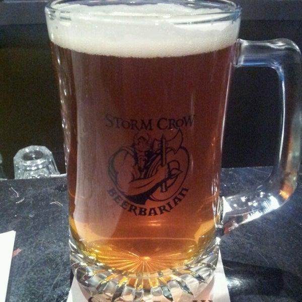 10/9/2013 tarihinde Beeridget U.ziyaretçi tarafından Storm Crow Tavern'de çekilen fotoğraf