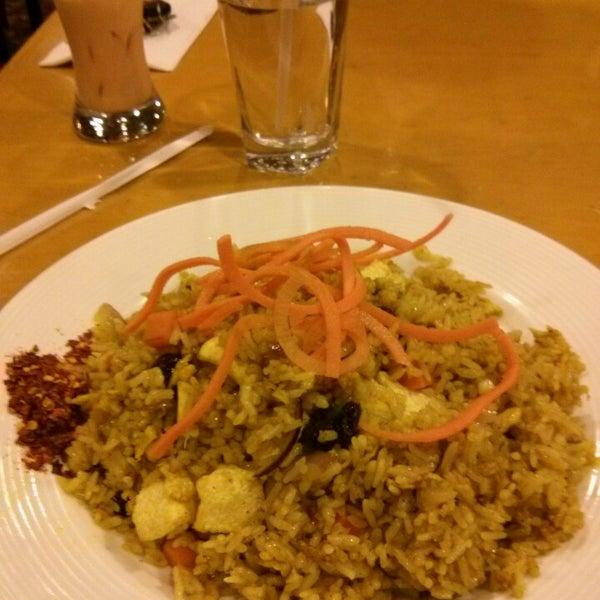 Foto tirada no(a) Tuptim Thai Cuisine por Gayathri C. em 2/12/2015