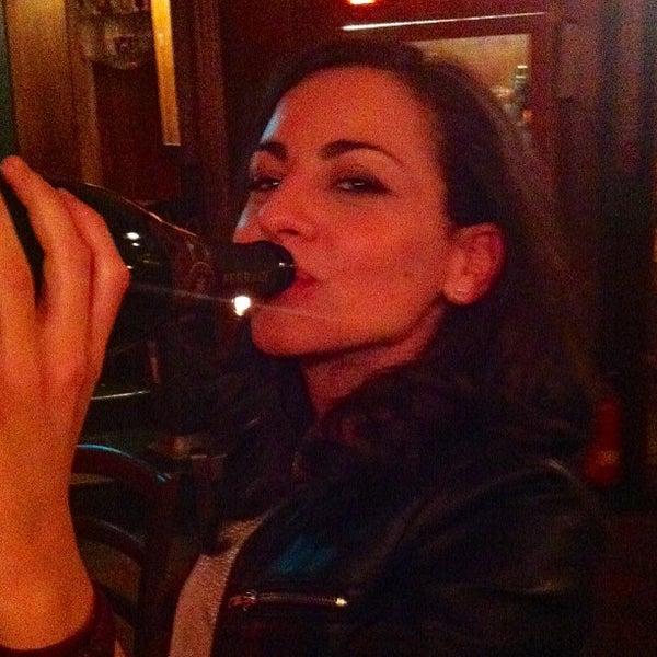 Снимок сделан в Morrigan's Irish Pub пользователем Antonio A. 5/22/2013