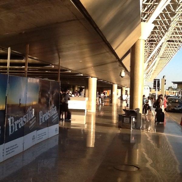 Foto tomada en Aeropuerto Internacional de Brasilia Presidente Juscelino Kubitschek (BSB) por Sergio Ricardo C. el 7/21/2013