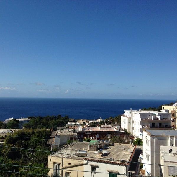 Снимок сделан в Capri Tiberio Palace пользователем Flavio M. 5/14/2014