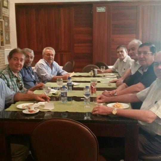 8/18/2015 tarihinde Mário Cezar S.ziyaretçi tarafından Limone Restaurante e Café'de çekilen fotoğraf