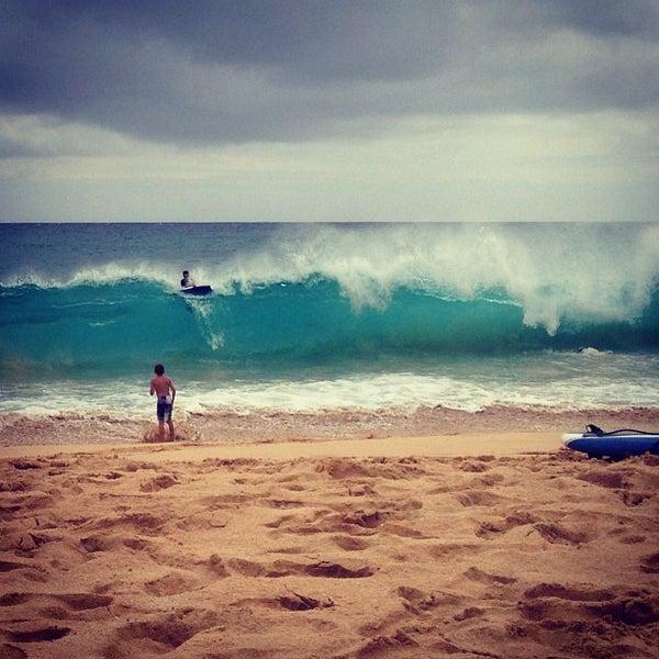 Sandy Beach: 8808 Kalanianaole Hwy