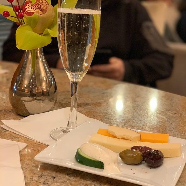 Foto scattata a Hotel Giraffe da Marie F. il 12/4/2019