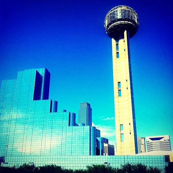4/20/2013にEmmanuel L.がReunion Towerで撮った写真