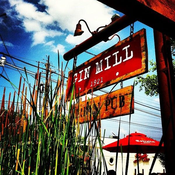 Photo prise au The Gin Mill par Emmanuel L. le5/19/2013