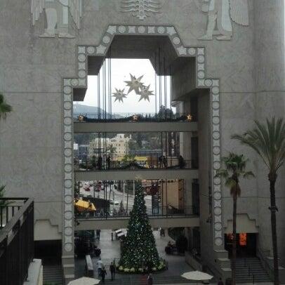 รูปภาพถ่ายที่ Hollywood & Highland Center โดย Karreno เมื่อ 12/12/2012