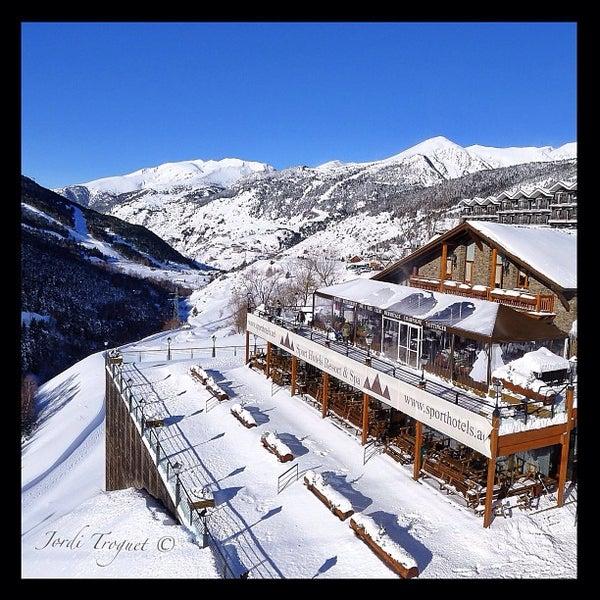 รูปภาพถ่ายที่ Sport Hotel Hermitage & Spa โดย Jordi T. เมื่อ 1/27/2013