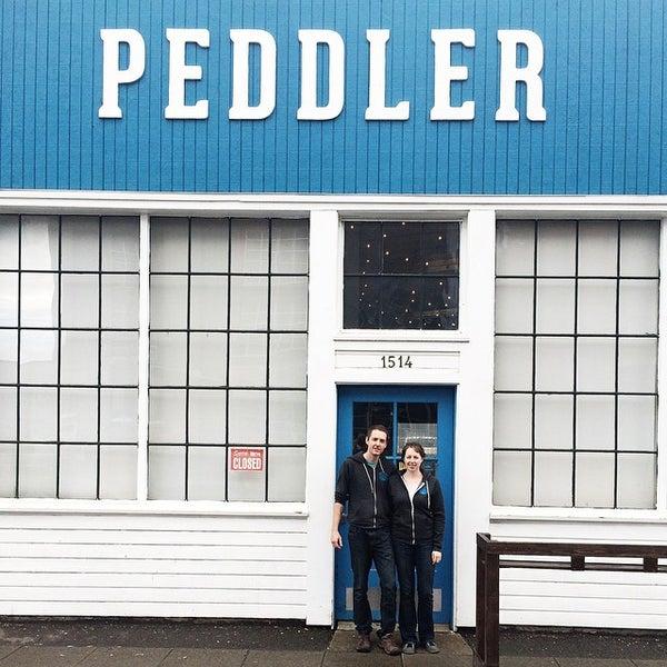 Снимок сделан в Peddler Brewing Company пользователем Wesley V. 10/15/2014