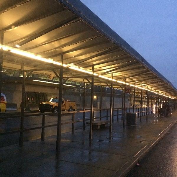 Снимок сделан в Вашингтонский аэропорт имени Даллеса (IAD) пользователем Michel C. 10/12/2013