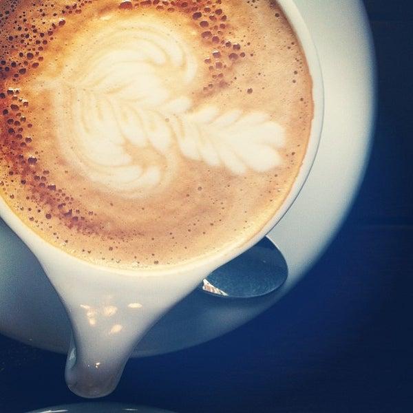 6/13/2013にMichelle N.がEveryday Coffeeで撮った写真