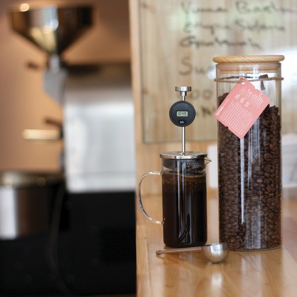 Providing a wide selection of varieties ranging from Yunnan to Ethiopia, this soothing venue is the ultimate destination for coffee enthusiasts. Always-irresistible Strictly Cookies are just 10RMB.