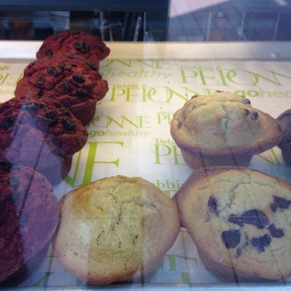 Foto tomada en Peponne Healthy Food & Bakery por Josue A. el 5/12/2014