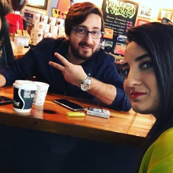 Foto scattata a Milkbar Coffee & Panini da Yasemin M. il 4/22/2016