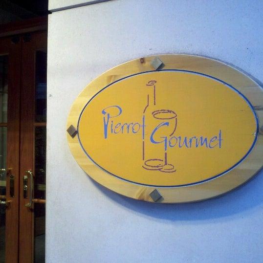 Photo taken at Pierrot Gourmet by John on 10/6/2012