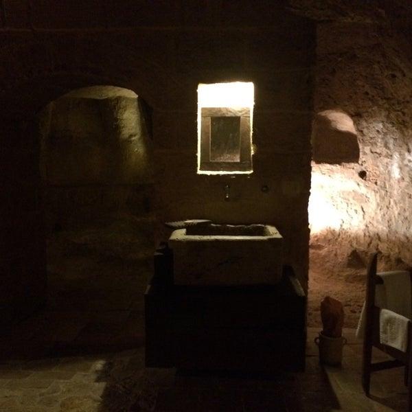 Снимок сделан в Sextantio | Le Grotte della Civita пользователем Dome C. 8/6/2014