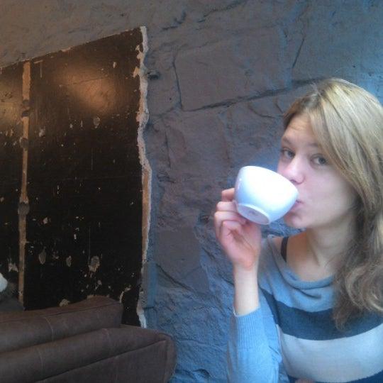 Foto diambil di Brew Lab Coffee oleh Signe Madara pada 9/26/2012