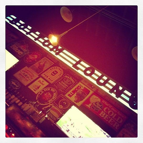 Photo prise au Bottom Lounge par Lindsey J. le10/21/2012