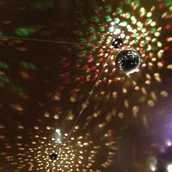 Foto scattata a Zebra Bar da Stratos il 12/29/2012