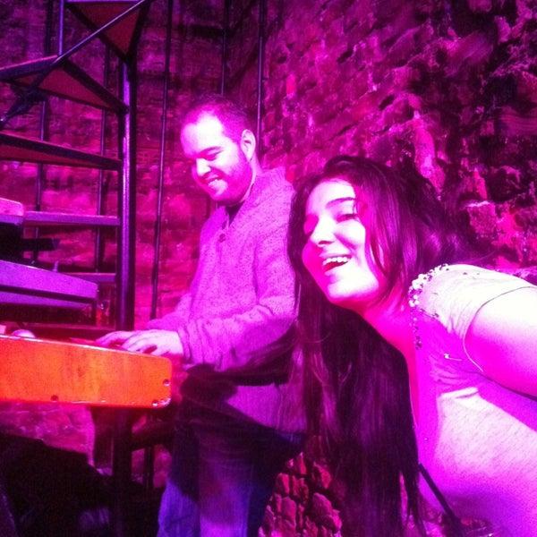 Foto diambil di Mask Live Music Club oleh Cem ö. pada 1/6/2013
