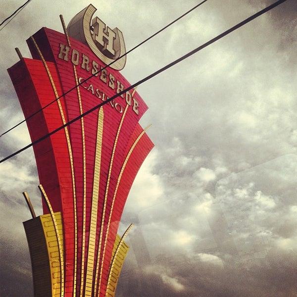 รูปภาพถ่ายที่ Horseshoe Hammond Casino โดย Sterling R. เมื่อ 8/9/2013