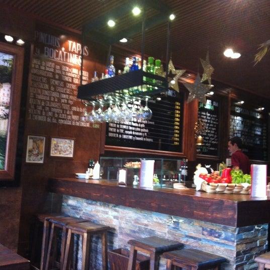 1/1/2013 tarihinde Yasmine T.ziyaretçi tarafından La Cantina'de çekilen fotoğraf