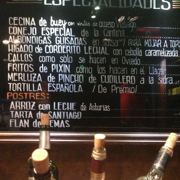 9/13/2013 tarihinde Yasmine T.ziyaretçi tarafından La Cantina'de çekilen fotoğraf