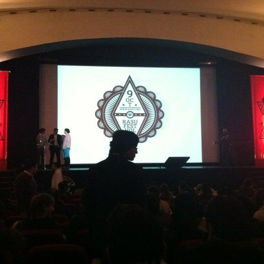 Foto diambil di Teatro Nescafé de las Artes oleh Cesar S. pada 10/9/2012