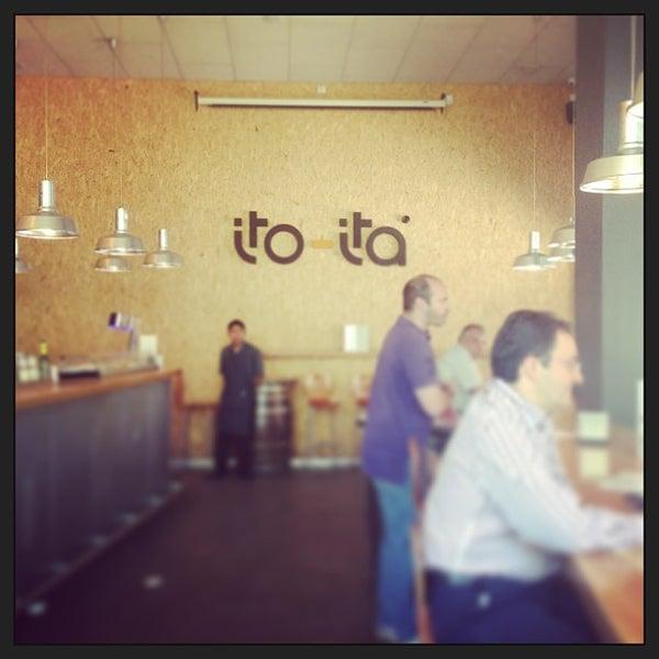 Foto diambil di Ito-Ita oleh Bea V. pada 6/13/2013