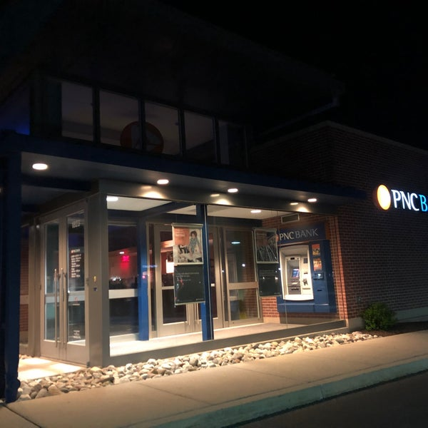 PNC Bank - Bank in Glen Mills