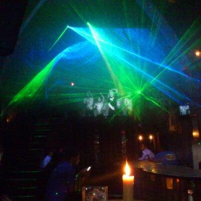 Das Foto wurde bei TOM'S Leather Bar von Sinhue M. am 11/23/2012 aufgenommen