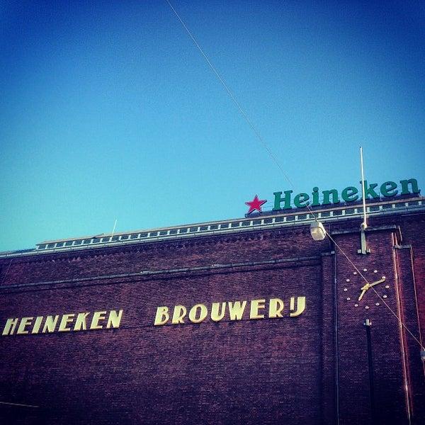 Das Foto wurde bei Heineken Experience von Emanuele S. am 4/30/2013 aufgenommen