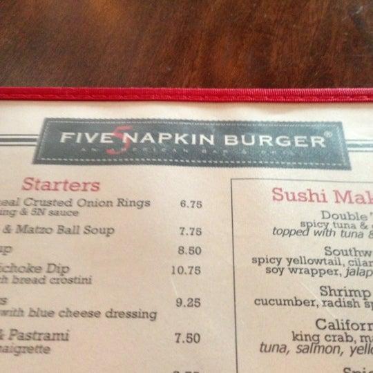 Das Foto wurde bei 5 Napkin Grill von Marc am 11/3/2012 aufgenommen