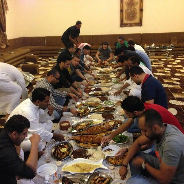 Foto scattata a Twina Park & Restaurant da Faisal B. il 4/23/2013