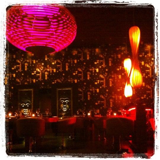 Foto diambil di SaSaZu oleh Mimi S. pada 11/28/2012