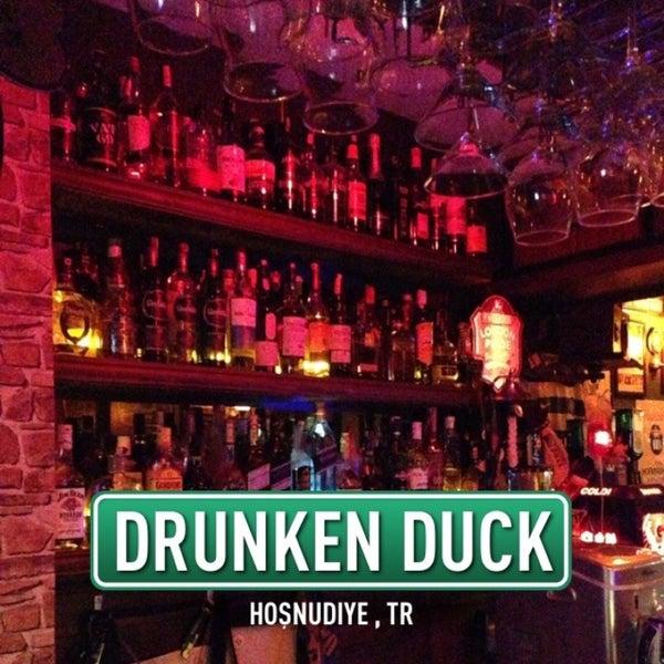 4/24/2013 tarihinde Cuneyt D.ziyaretçi tarafından Drunken Duck'de çekilen fotoğraf