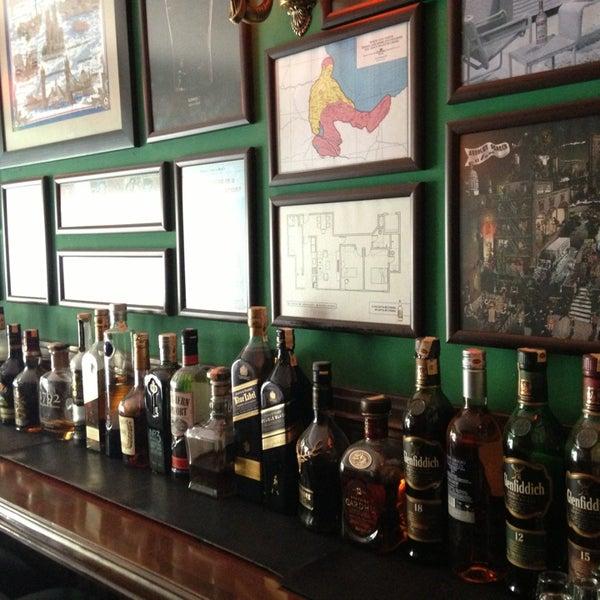 7/24/2013 tarihinde Cuneyt D.ziyaretçi tarafından Drunken Duck'de çekilen fotoğraf