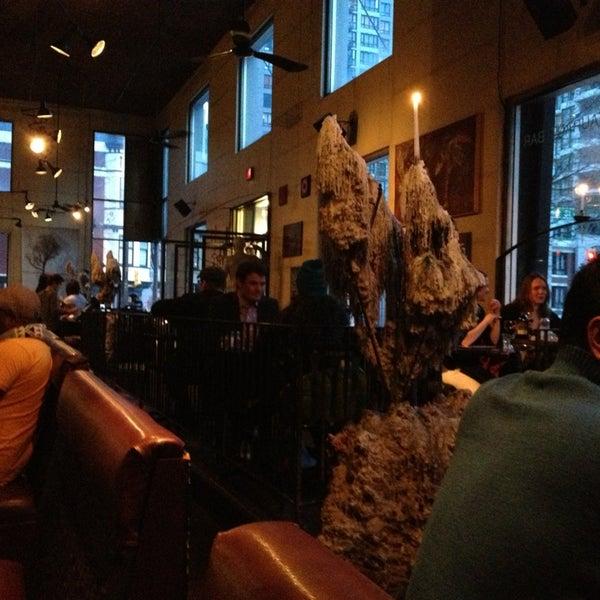 Foto diambil di Subeez Cafe Restaurant Bar oleh Yoshi S. pada 3/24/2013
