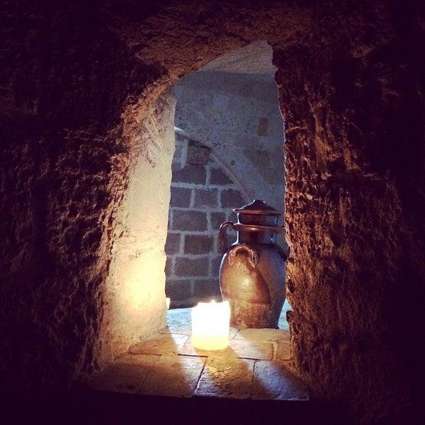 Foto tirada no(a) Sextantio | Le Grotte della Civita por Filippo S. em 5/17/2015