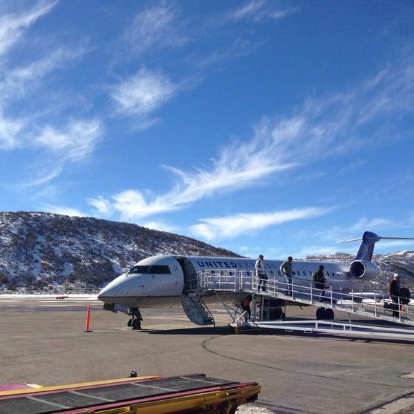 Photo prise au Aspen/Pitkin County Airport (ASE) par Tom W. le1/17/2013